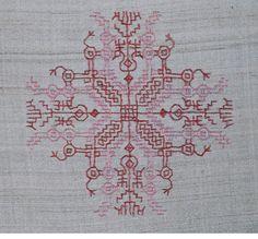 Kasuthi/Dharwadi Embroidery designs-untitled-2.jpg
