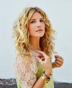 Mr. Kate | tutorial: how i style my naturally curly hair