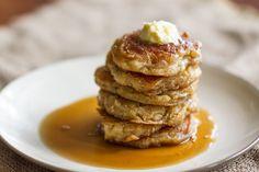 Pancakes από τον Άκη. Τα καλύτερα, τα πιο νόστιμα, αφράτα και ζουμερά pancakes για όλες τις ώρες της ημέρας. Σερβίρετε με τα αγαπημένα σας toppings.