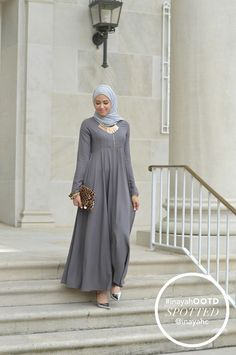 Zipper Soft Ash Abaya + Light Grey Soft Georgette Hijab styled by @withloveleena