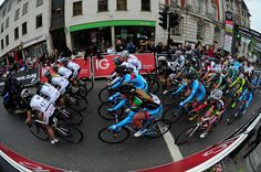 The group head out on the neutralised lap behind the ITV4 Bike before the start of the Colchester Round.