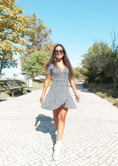 Short Sleeve Dresses, Dresses With Sleeves, Dress Fashion, Sleeve Dresses, Gowns With Sleeves