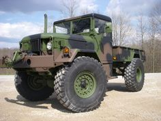 Deuce and a half. this would be my mud truck!