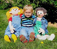 Ravelry: HOLLY & FINN · Life-Size Knitting Dolls pattern by Raphaela Blumenbunt