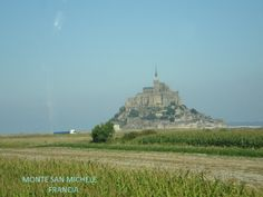 Monte Saint Michele - Normandía - Francia Monument Valley, Saints, Nature, Travel, Normandy, Places, Naturaleza, Viajes, Destinations