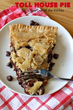 Toll House Pie – Can't Stay Out of the Kitchen Easy Pie Recipes, Tart Recipes, Baking Recipes, Dessert Recipes, Chocolate Chess Pie, Chocolate Desserts, Desserts To Make, Delicious Desserts, Desert Recipes