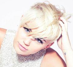 Miley Cyrus, Miley freunde, miley cries, miley cyrus dog