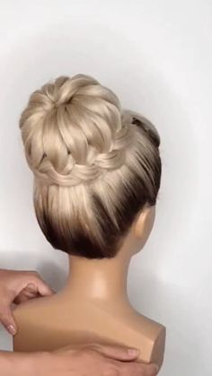 Bun Hairstyles For Long Hair, Braids For Long Hair, Braided Hairstyles, Elegant Hairstyles, Buns Hairstyles Tutorials, Haircut Long Hair, Easy Hair Up, Hair Tutorials, Hair Style Vedio