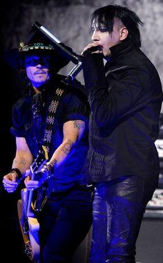 Johnny Depp and Marilyn Manson rock out at Revolver Golden Gods Awards!    alksfjasdkj..... :D