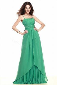 Robe verte à bretelle fine & ceinture à paillettes pour soirée