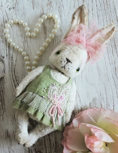 Sewing Pattern Vintage Rabbit 6,5 Inch