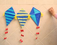 Kids Kite Craft With Drinking Straws
