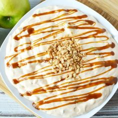This Caramel Apple Salad has crisp, tart apples with a nice whipped topping mixed in with sweet and sticky caramel. Caramel Apple Salad, Caramel Apples, Beefaroni Recipe, Strawberry Scones, Blueberry Scones, Easy Corn Pudding, Apple Salad Recipes, Easy Carrot Cake