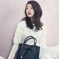 Suzy rocks bold red lips looking effortlessly gorgeous in 2015 S/S collection for 'Beanpole' | allkpop.com