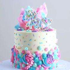 diy birthday cake for girls easy Unicorn Cake. Diy Unicorn Cake, Unicorn Cake Pops, Unicorn Party, Unicorn Rainbow Cake, How To Make A Unicorn Cake, Unicorn Cake Design, Pretty Cakes, Cute Cakes, Beautiful Cakes