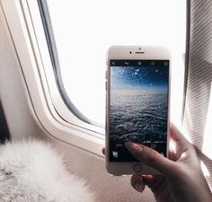 New travel plane airplane wanderlust ideas Girls Tumblrs, Travel Pictures, Travel Photos, Tumblr Ocean, One Photo, Picture Photo, Picture Ideas, Photo Ideas, Mobile Photo