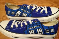 Dr Who Tardis Custom Converse Hand Painted Shoes di MasalShoesShop