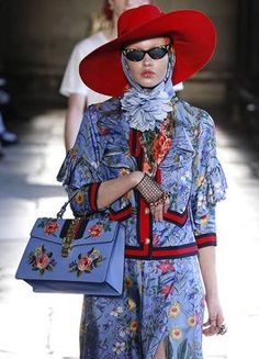 On the runway: the Cruise 2017 collection. GUCCI repined by BellaDonna