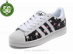 new product dc8b1 c2c17 Femmes Adidas Superstar II Noir Blanc Fleur ColoréE Zapatos, Tenis, Adidas  Superstar, Zapatillas