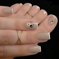 So Ni Manicure pedicure Nail art Nail design French Nail Designs, Toe Nail Designs, Perfect Nails, Gorgeous Nails, Nagel Stamping, Nagellack Trends, Manicure E Pedicure, Pedicure Colors, Pedicure Ideas