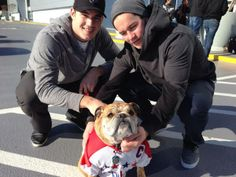 Wilson, Ovie the Bulldog, and Latta...too much cuteness!