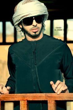 Arab Swag Latest Collection of Arabian Clothes for Women, Buy Top Styles of Arabian Clothes Online Salwar Kameez Mens, Kurta Men, Arab Men Fashion, Plaid Fashion, Mens Fashion, Thobes Men, Arab Swag, Handsome Arab Men, Mens Kurta Designs