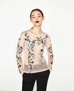刺繍チュールTシャツ  - 色違い有り