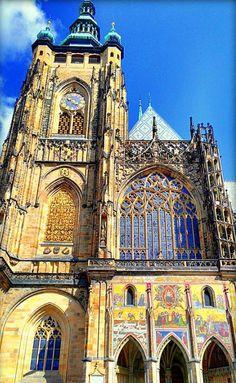Cathedral of St.Vitus, Václav and Vojtěch, Prague, Czechia. Photo by M.Nasser #czechia #prague