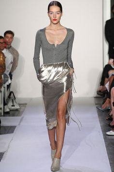 Style.com's Guide to the Spring 2014 Runway Trends#!trend-report/slideshow/go/78