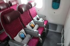 Qatar Airways showed off their first Boeing 787 Dreamliner