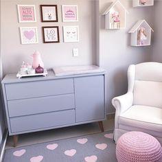Mauve and Pink Organised Nursery Baby Bedroom, Baby Boy Rooms, Nursery Room, Girls Bedroom, Teen Room Decor, Baby Decor, Bedroom Decor, Baby Kind, Girl Room