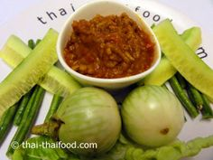 Thailändische Chili Paste mit Gemüse Chili Dip, Pickles, Cucumber, Dips, Cabbage, Vegetables, Food, Style, Recipies