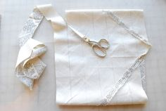 "Turn one fat quarter into 5 yards of ribbon/binding ... It will ""unravel"" in one long strip. Brilliant tutorial !!"