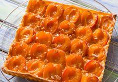 Tarte aux abricots et aux amandes Voir la recette de la Tarte aux abricots et aux amandes >>