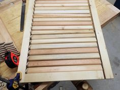 Making wooden plantation shutters the easy way Wooden Shutter Blinds, Wooden Window Shutters, Louvered Shutters, Vintage Shutters, Diy Shutters, Wood Blinds, Exterior Shutters, Woodworking, Bricolage