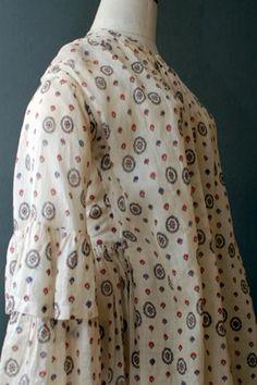 sheer wrapper - wrapper or maternity dress? Maternity Wear, Maternity Fashion, Maternity Dresses, Maternity Clothing, Civil War Fashion, 1800s Fashion, Vintage Fashion, Civil War Dress, Bathing Costumes