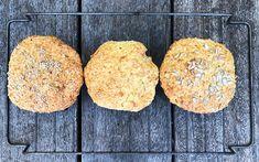 DEILIGE HAVRERUNDSTYKKER PÅ 2 MINUTTER. ENKLERE BLIR DET IKKE! Bruchetta, Provence, Food And Drink, Low Carb, Cookies, Den, Desserts, Crack Crackers, Tailgate Desserts