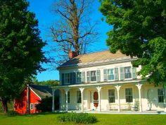 colonial farmhouse