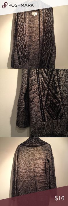 Oversized Cardigan Extremely comfy oversized cardigan. Can be worn with leggings/jeans and rider boots. ruby moon Sweaters Cardigans