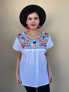 Gorgeous traditional Mexican shirt , hand-embroidered Fabric: Soft Muslin Fits size L Loose fit Measurements taken flat: Armpit to armpit 23 Bottom hem width 25 Shoulder to Bottom hem 27 Mexican Skirts, Mexican Blouse, Mexican Outfit, Festival Clothing, Festival Outfits, Traditional Mexican Shirts, Fiesta Outfit, Baby Bloomers, Mexican Party