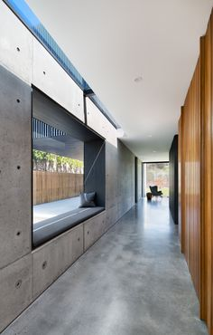 Gallery Of Robinson House By Cera Stribley Architects Local Australian Design And Interiors Portsea, Vic Image 3 - The Local Project Residential Interior Design, Interior Architecture, Futuristic Architecture, Sunken Living Room, Living Rooms, Concrete Houses, Villa, Interior Decorating, House Design