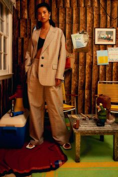 Adiós, joggineta: la silueta pandémica se viste de traje / Blocdemoda.com   Cultura Moda Vogue Paris, Hand Knitted Sweaters, Models, Fashion Show, Fashion Trends, Mannequins, Day Dresses, Lounge Wear, Ready To Wear