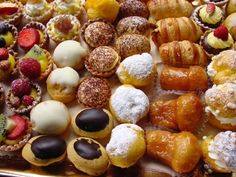Cannoli, Confectionery, Pretzel Bites, Bread, Desserts, Recipes, Pastries, Pictures, Brot