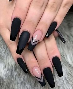 In seek out some nail designs and ideas for your nails? Here's our set of must-try coffin acrylic nails for trendy women. Black Coffin Nails, Black Acrylic Nails, Best Acrylic Nails, Matte Nails, Coffen Nails, Nail Black, Long Black Nails, Black Acrylics, Lilac Nails