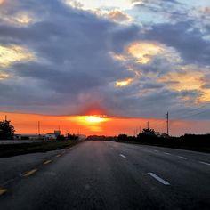 #turnpike #florida #sunset #travel #stpetersburg  #medriving #lakeaurora #cypress #fedhaven #lakewales