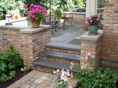 63 Ideas For Brick Patio Stairs Decor Patio Steps, Front Porch Steps, Brick Steps, Brick Walkway, Front Porches, Casa Patio, Backyard Patio, Backyard Landscaping, Concrete Stairs