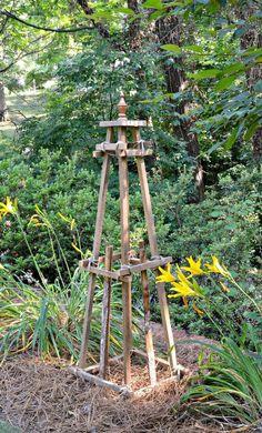 DIY Wooden Garden Obelisk Made from Scrap Wood #diy #garden #diygardenideas #diyprojects #scrapwoodprojects