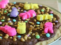 Recipe for Easter Peep Za - When brainstorming Peeps ideas this year, I came up with some pretty good ones that were shot down: Peeps Sweet Potato Casserole. Peeps-Jello Salad. Twice-Baked Peep-Topped Sweet Potatoes. Peeps Ambrosia. The idea that did make the cut: Peep-Za.