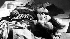 Víctimas de uno de los bombardeos que los franquistas realizaron en Barcelona, el 14 de febrero de 1937  AGULLA PRADAS