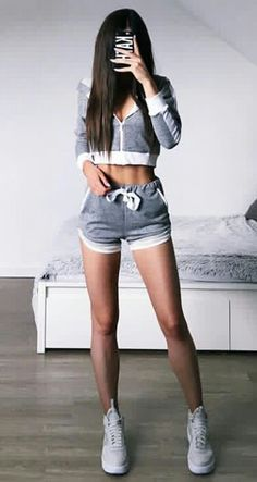 Fashion look sneakers on feet fashion sneakers – stylish girl Fashion Looks, Girl Fashion, Fashion Outfits, Womens Fashion, Cheap Fashion, Body Inspiration, Fitness Inspiration, Sporty Outfits, Summer Outfits